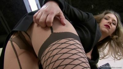 Clubstiletto – Laughingstock of the Office – Mistress T