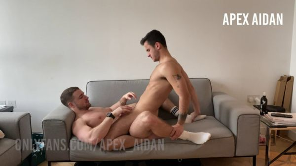 OF - Aidan Ward (Apex Aidan) & Igor Miller - On the Couch