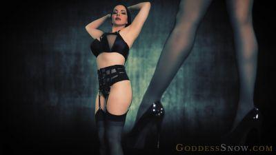 Goddess Alexandra Snow – Conquerer of Cock