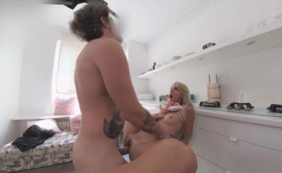 Too Blonde For Panties - Voyeur Gear vr