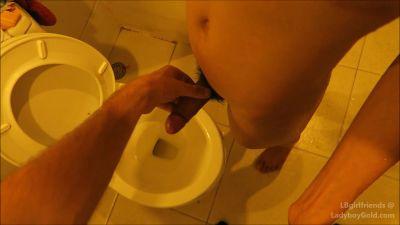 _LBGirlFriends_-Nenynan-Toilet-Piss-CIM-Short-Time-_Dec-3_-2015_-rq-_1080p_-SHEMALEHD.NET.00019.jpg