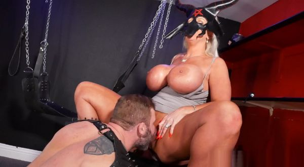 """Alura Jenson In """"Fuck Me In The Dungeon"""""""