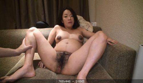 Pregnant 011921 423 ) (2020)
