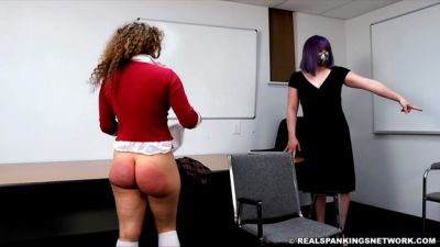 Kiki Caught Arguing With Another Student (part 1 Of 2)