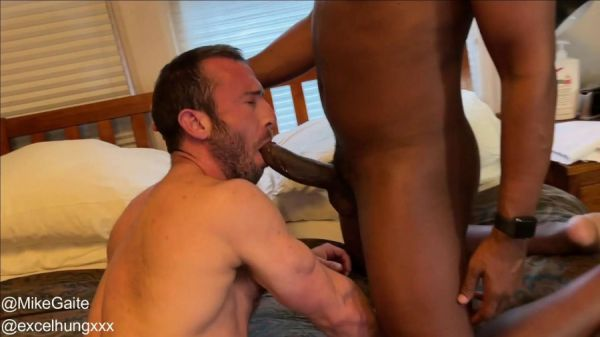 RFC - Mike Gaite takes XXL cock from ExcelHungXXX Part 1