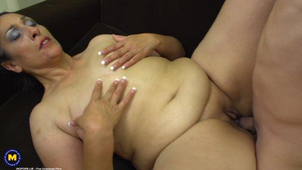 Bernice - Mature - Horny big ass milf having sex with a toyboy (04.07.2021) (FullHD 1080p) [2021]