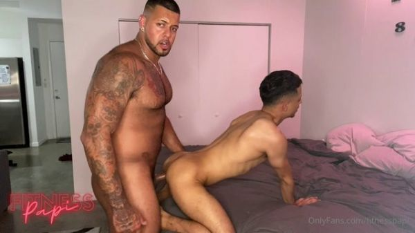 OF - Fitness Papi - Doordash Delivery (Miguelito x Fitness Papi)