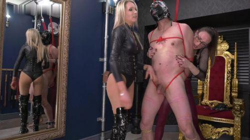 Lady Dark Angel UK Mistress Krush: Double ball busting