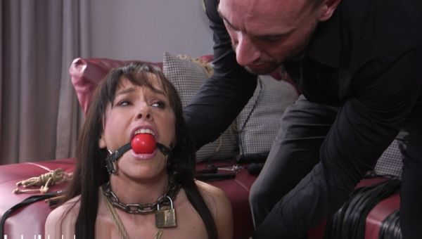 Alana Cruise's Anal Submission