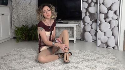 Tease and Thank You – Cuff Queen – Goddess Emerald