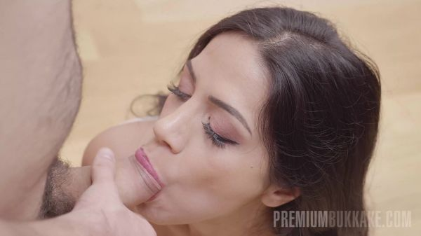 Julia de Lucia #1 - Interview  [FullHD 1080p] (Bukkake)