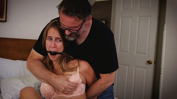 Her Roomie's New Boyfriend Is A Creep