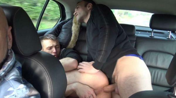 RFC - ROMANTIK fucked bareback in my car by Fred BDX
