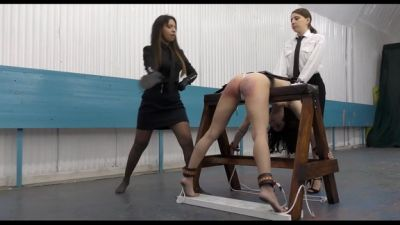 MissSultrybelle - The centre of correction