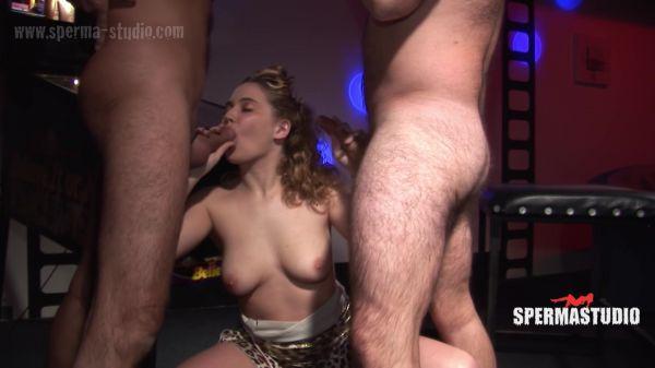 Sexy Julia - Sperma-Studio - 07.05.2021 (FullHD 1080p) [2021]