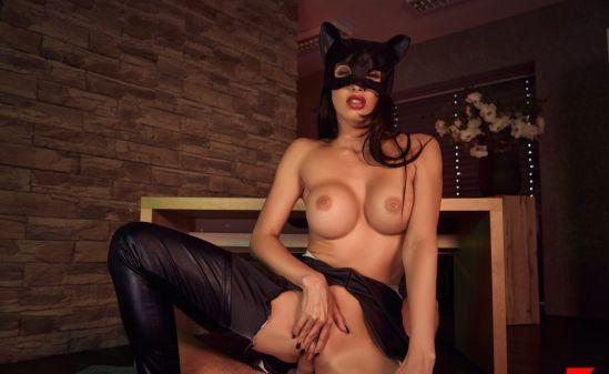 Catwoman A XXX Parody - Clea Gaultier Oculus Rift