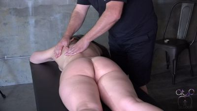 Brittany's Naughty Massage – Nude Oiled Cunt Spanking