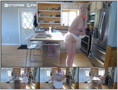 Bondage Life – Baking With Rachel Greyhound