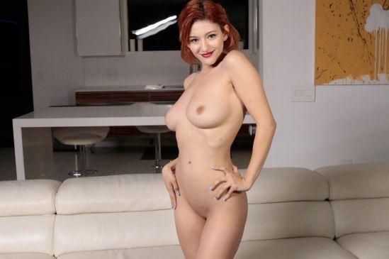 Beautiful Big Tit Redhead Wife Loves Cock Oculus Rift