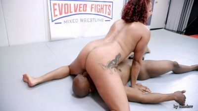 Evolved Fights - Daisy Ducati, Will Tile