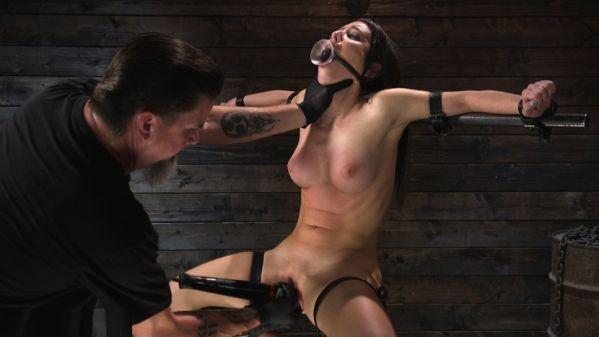 Petite Slut Serena Blair Punished And Made To Cum In Metal Bondage