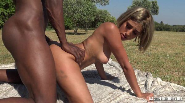 French Porn: Assia - The very first black from Assia, 25 years old, sublime oriental (21.06.2021) (FullHD/1080p)