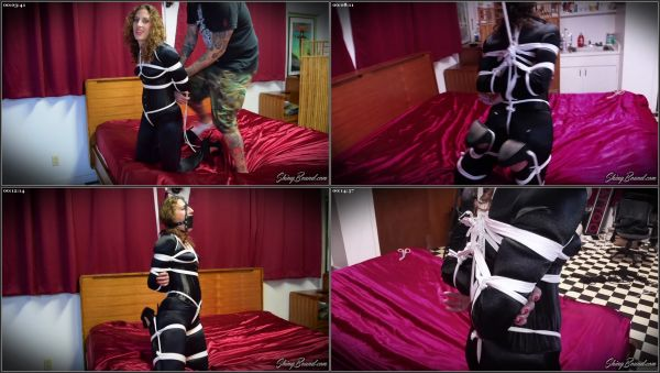 Swingin Crotchrope Suspension - Simone - ShinyBound