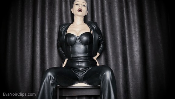 Miss Eva Noir - Leather Goddess CEI