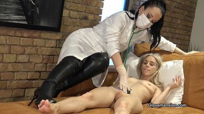 Home visit by the kinky doctor