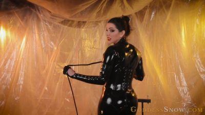 Goddess Alexandra Snow – Black Widow Takes Your Balls