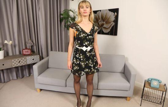 Pippa Doll - Sexy Stockings Gear vr