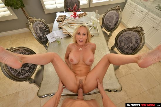 Brandi Love wants you to use your big thick - Gear Vr 60 Fps