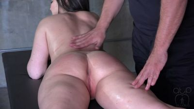 Desperate To Get Off – Nude Massage Oiled Orgasm