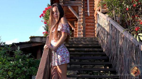 CinderellaStory Juliet-Summer Dancing on the Stairs 2