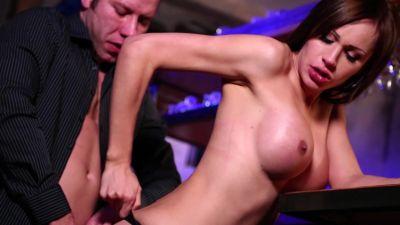 _MagmaFilm_-KimberLee-Big-Tits-and-an-Even-Bigger-_Naked-Punch_-24-04-2015-SHEMALEHD.NET.00089.jpg