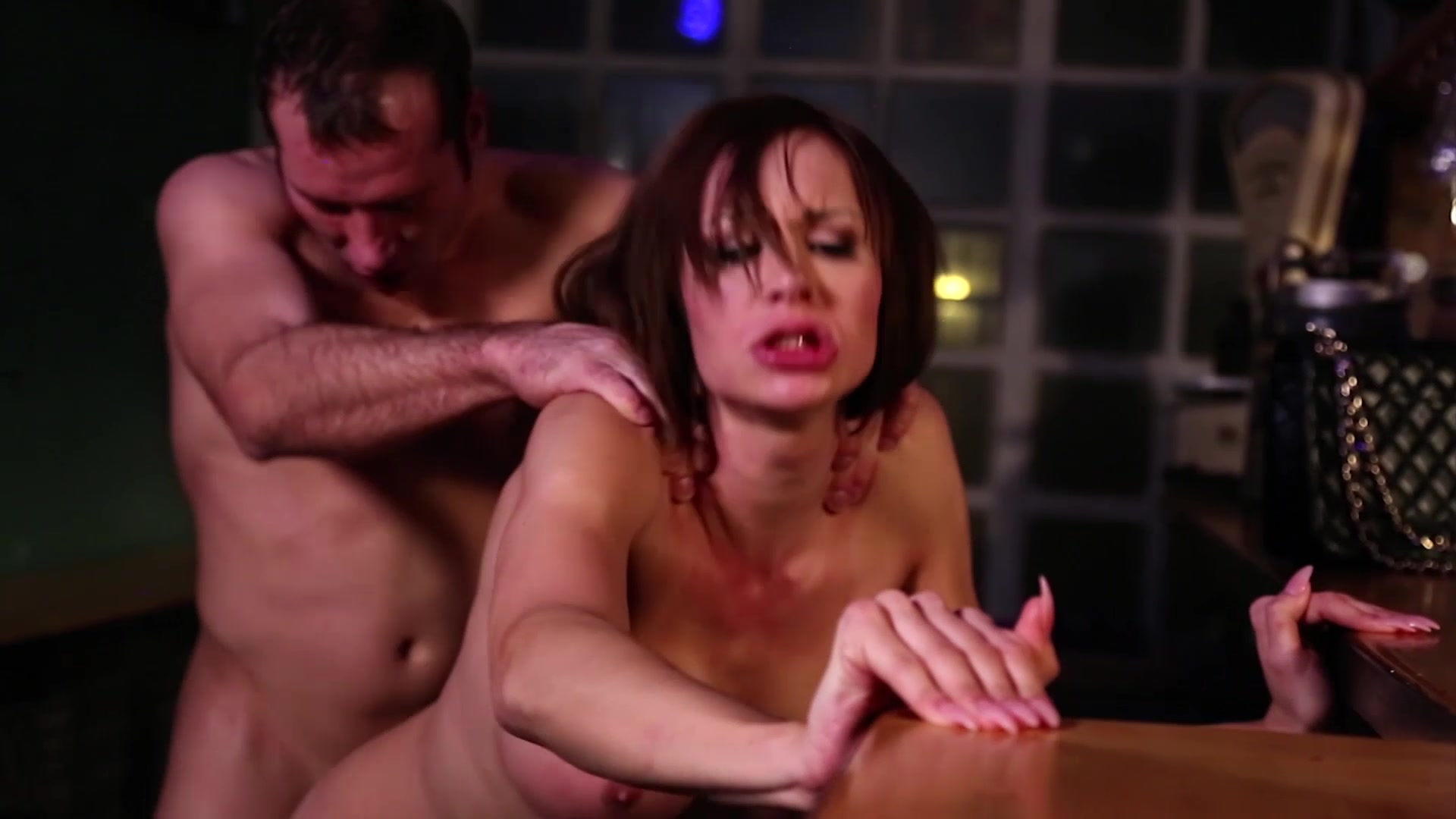 _MagmaFilm_-KimberLee-Big-Tits-and-an-Even-Bigger-_Naked-Punch_-24-04-2015-SHEMALEHD.NET.00109.jpg