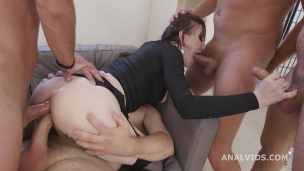 Lena Moon - Busted T-Girls, Lena Moon, 4on1, BWC, ATM, DAP, Gapes, Cum in Mouth BTG060 [HD 720p] (LegalP0rno)