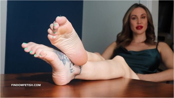 Lindsey Leigh - Foot Therapy Session Part 2 - Foot Joi
