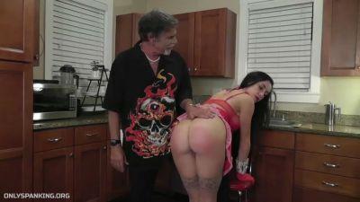 Dallas Spanks Hard – Spanking The Maid 3 – Wooden Spoon