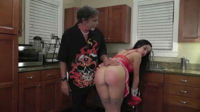 DallasSpanksHard – Spanking The Maid 3 – Wooden Spoon