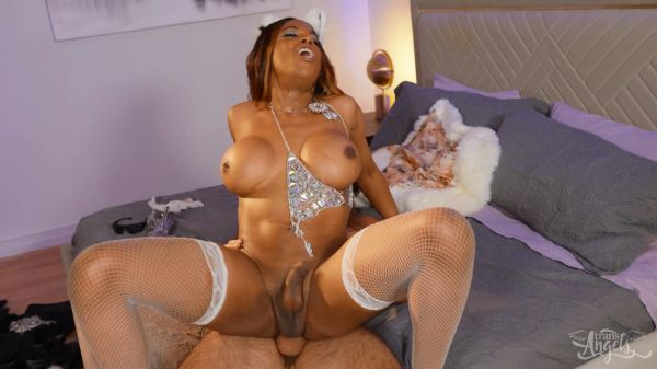 Jexxxica Blake -  The Hottie At The Party [FullHD 1080p] (TransAngels)
