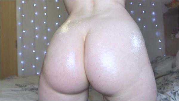 Daddyslittlegirl - Ass oil and clench - Femdom Pov