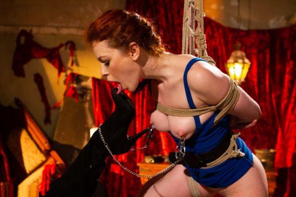 Justine Joli: Intense Lezdom BDSM And Squirting Sex