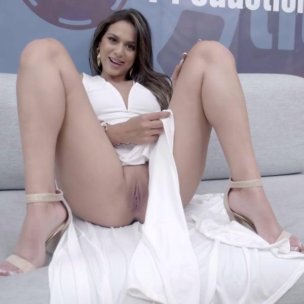 Bella Rico #3 - Interview Bukkake [FullHD 1080p] (Bukkake)