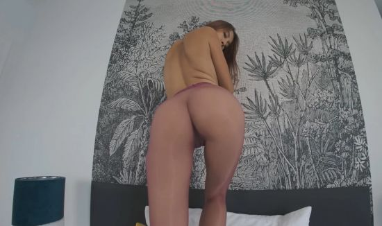Paula Creams Her Pussy Right In Front Of You Gear vr