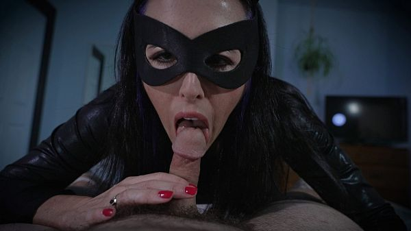 Catwoman Steals Your Jizz And Your Cash