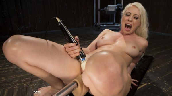 Blonde Goddess Is Double Penetrated With Machines