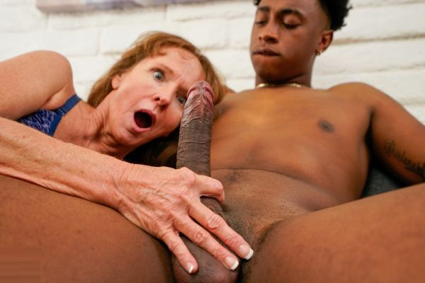 The tall friend of my son fucks me up my ass