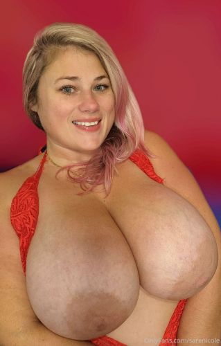 Luvmeonlysarah - Queen of The Tits 03 07 2021 - Onlyfans SiteRip
