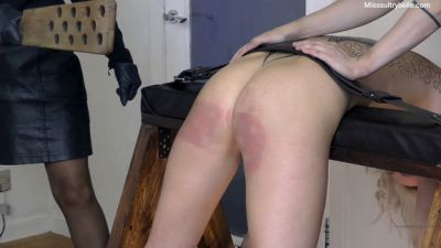 MissSultrybelle - Bella Gemma and Ash Testing the new strap